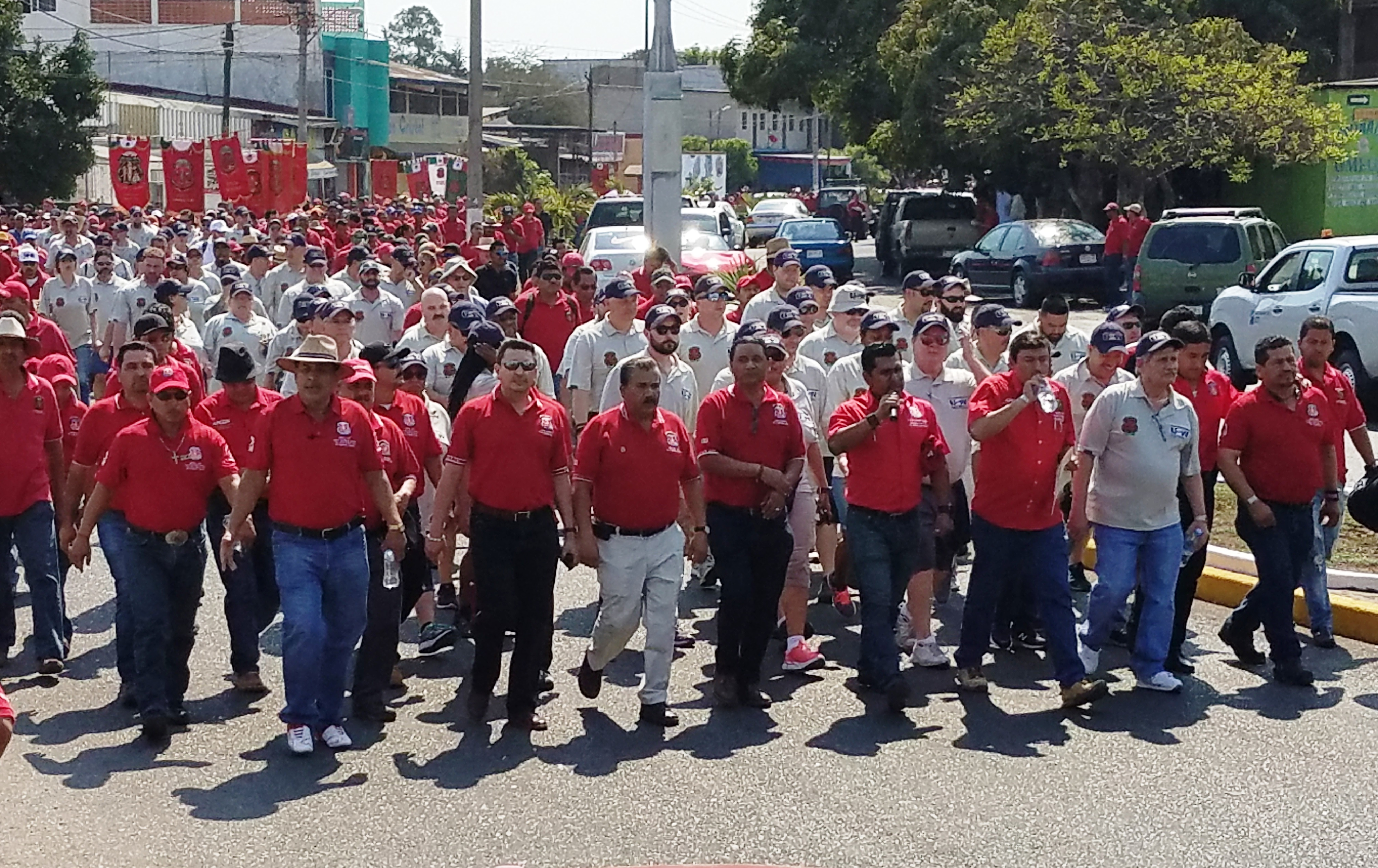 USW, Unite March in Solidarity with Mexican Steelworkers